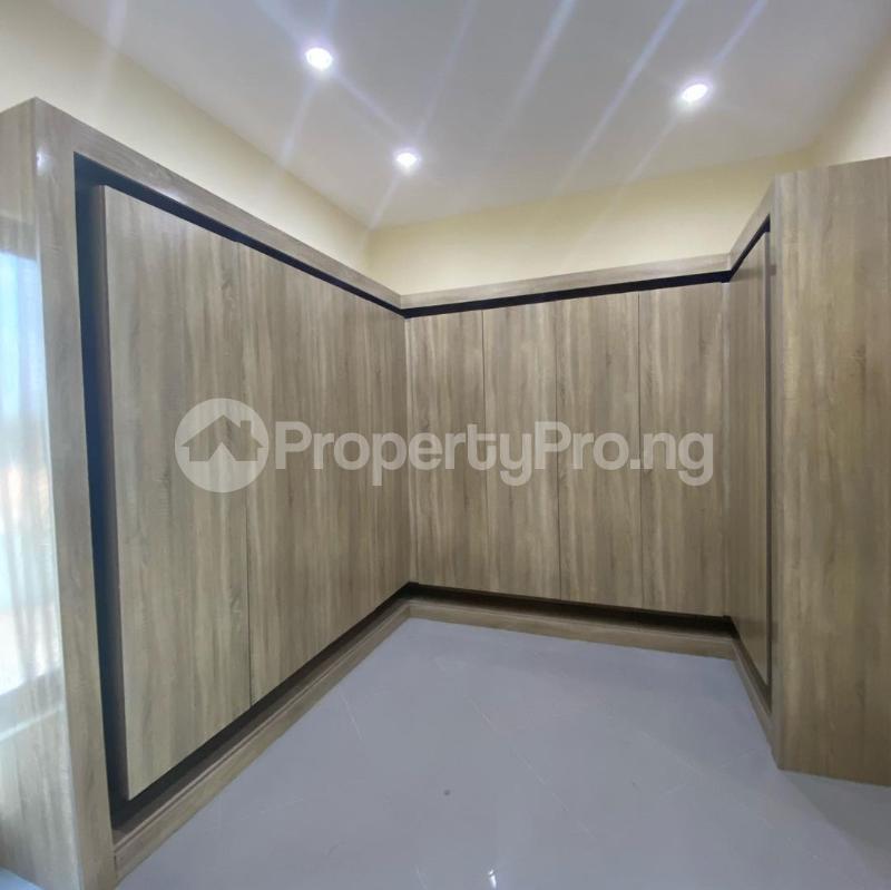 5 bedroom Terraced Duplex House for sale Victoria Island Lagos - 8