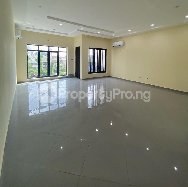 5 bedroom Terraced Duplex House for sale Victoria Island Lagos - 5