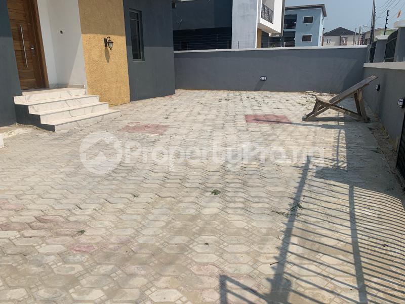 5 bedroom Detached Duplex House for sale Alternative Route  chevron Lekki Lagos - 5