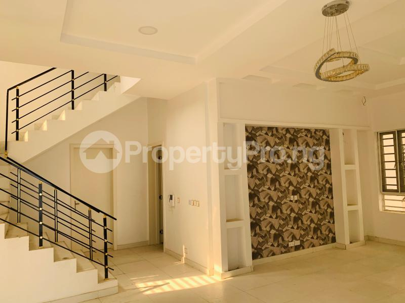 5 bedroom Flat / Apartment for sale Osapa london Lekki Lagos - 2