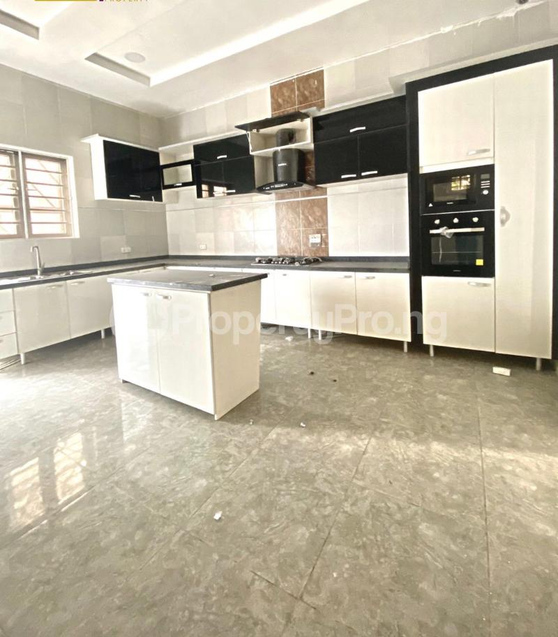 5 bedroom Flat / Apartment for sale Osapa london Lekki Lagos - 11