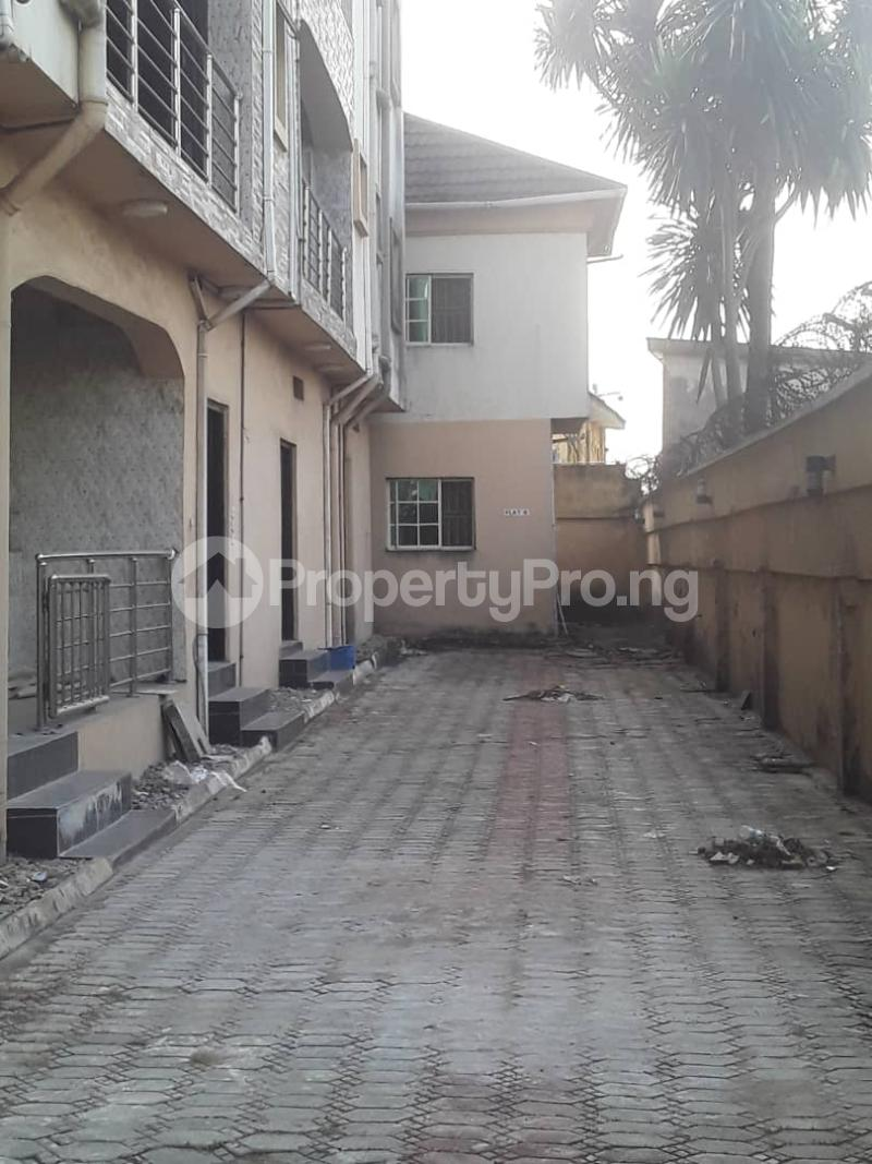 3 bedroom Blocks of Flats House for sale Ajao estate Isolo.Lagos Mainland Ajao Estate Isolo Lagos - 7