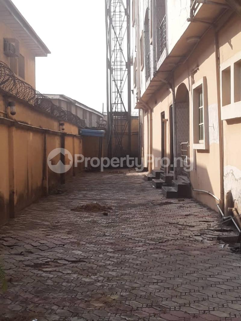 3 bedroom Blocks of Flats House for sale Ajao estate Isolo.Lagos Mainland Ajao Estate Isolo Lagos - 6