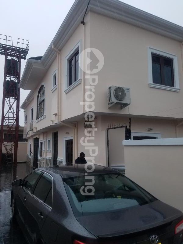2 bedroom Blocks of Flats House for rent Okada park  Ajao Estate Isolo Lagos - 0