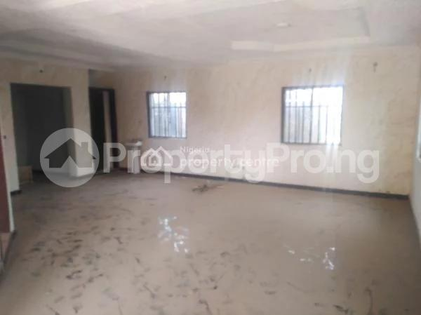 6 bedroom Detached Duplex House for sale  Off Alimosho General Hospital.,  Igando Ikotun/Igando Lagos - 1