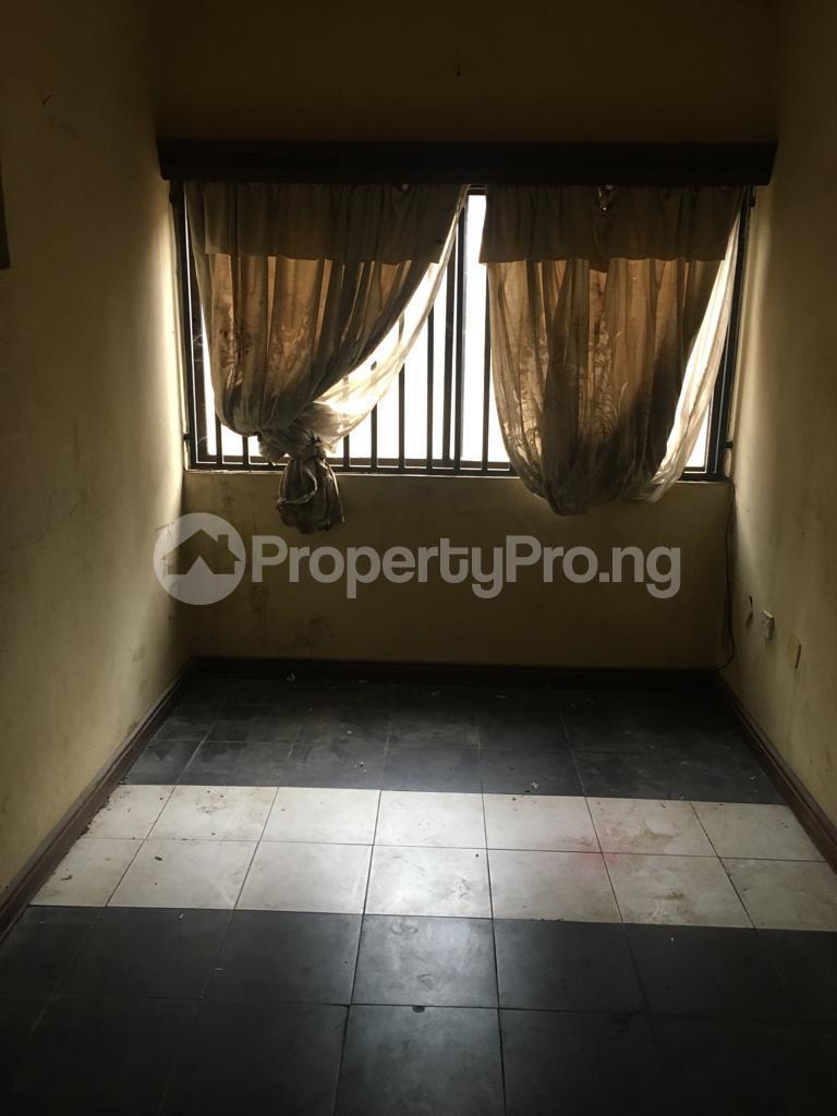 6 bedroom Detached Duplex House for sale Imoru palace road Ijebu Ode Ijebu Ogun - 2
