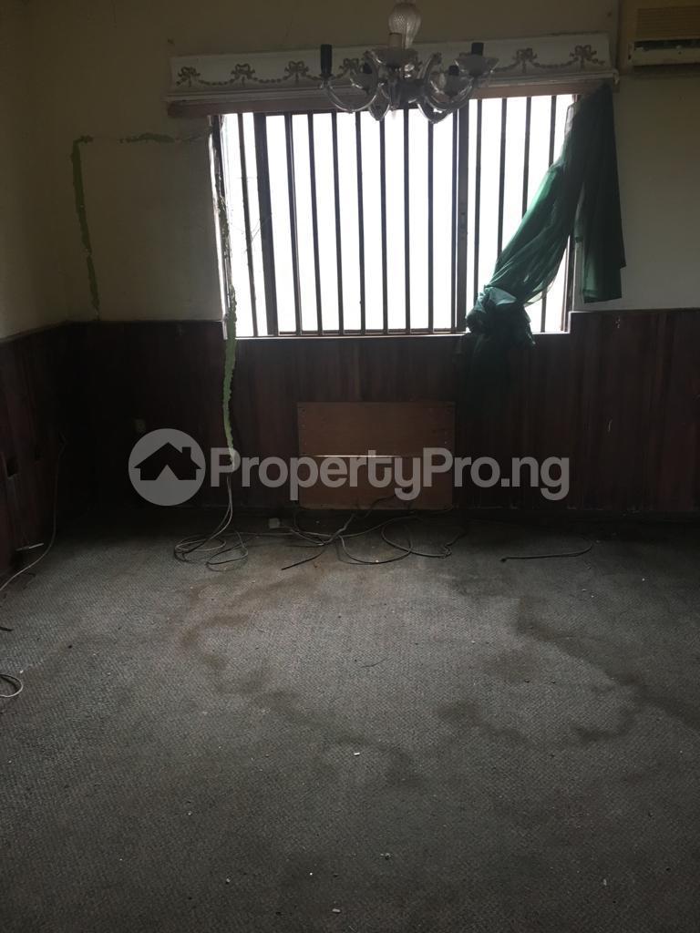 6 bedroom Detached Duplex House for sale Imoru palace road Ijebu Ode Ijebu Ogun - 5
