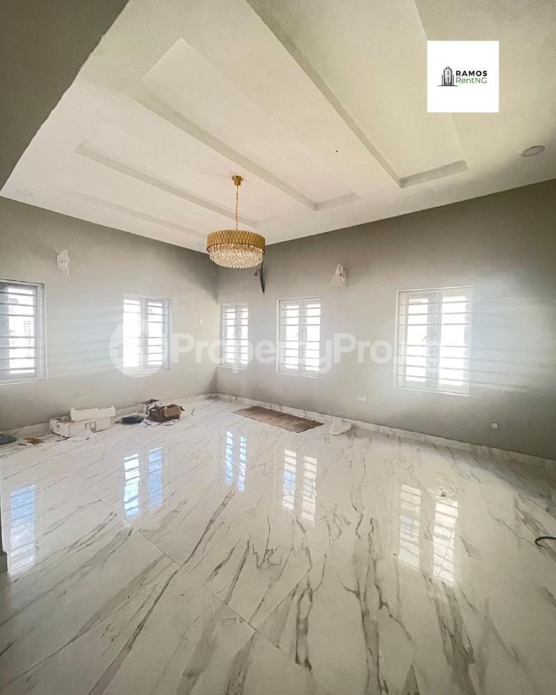 6 bedroom Detached Duplex House for rent Pinnock beach estate Osapa london Lekki Lagos - 2