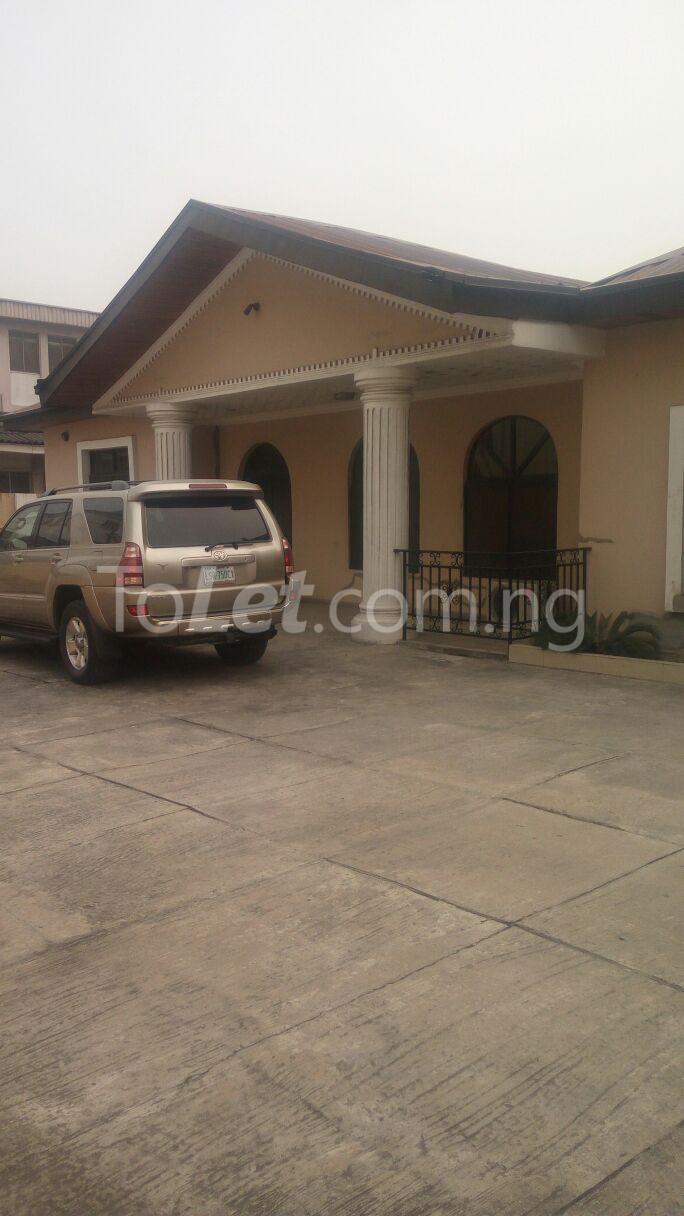 6 bedroom House for sale Owukori Crescent Alaka Estate Surulere Lagos - 0