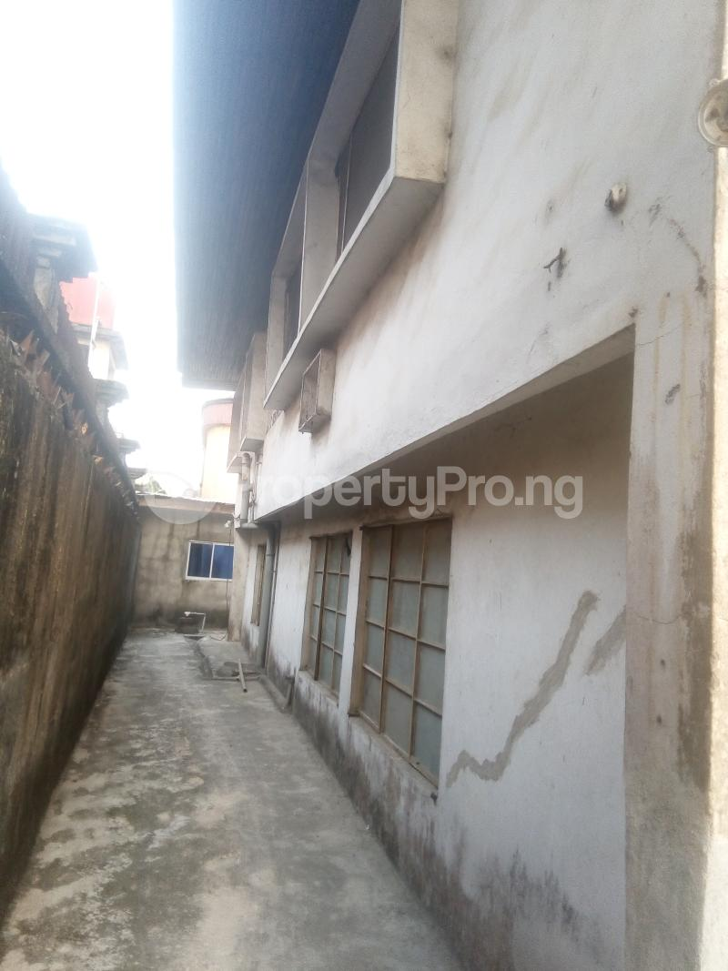 6 bedroom House for rent 2 Overcomers Church Street, Off Faulks Road Aba Abia - 1