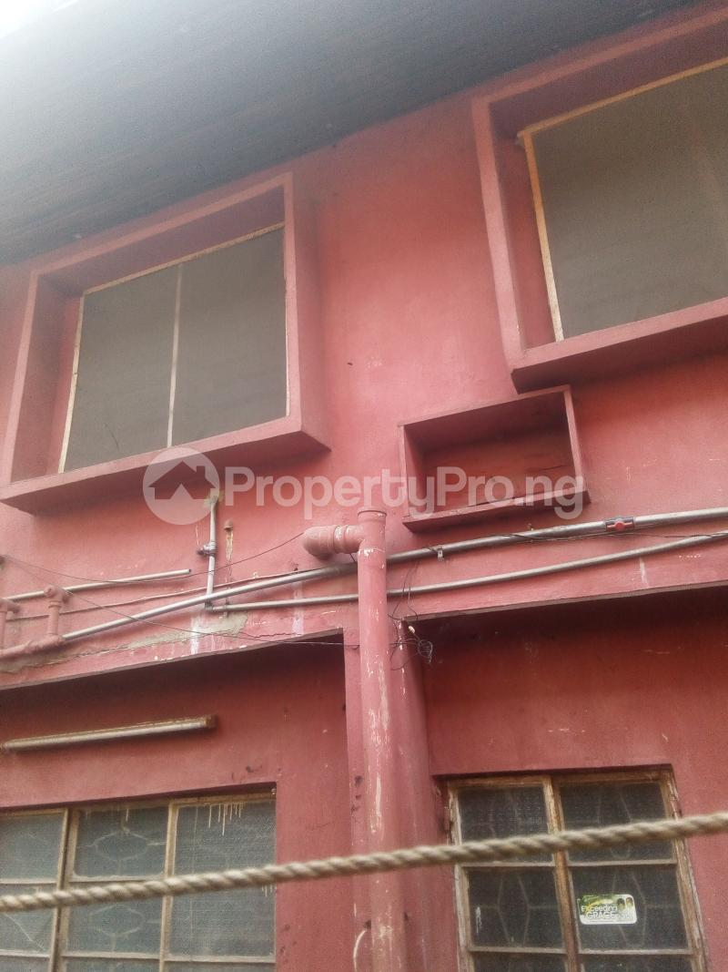 6 bedroom House for rent 2 Overcomers Church Street, Off Faulks Road Aba Abia - 2