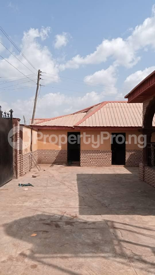 6 bedroom Detached Duplex House for sale Location: alafia estate behind sawmail apata,off gbekuba, ibadan, Apata Ibadan Oyo - 5