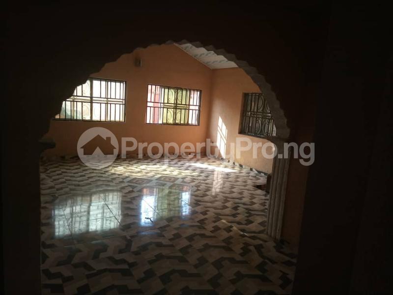 6 bedroom Detached Duplex House for sale Location: alafia estate behind sawmail apata,off gbekuba, ibadan, Apata Ibadan Oyo - 0