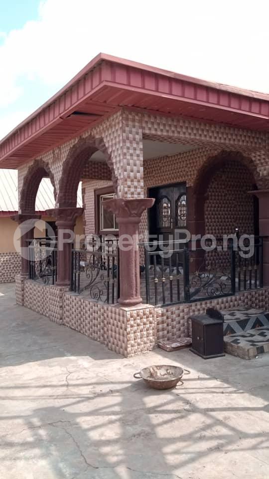 6 bedroom Detached Duplex House for sale Location: alafia estate behind sawmail apata,off gbekuba, ibadan, Apata Ibadan Oyo - 4