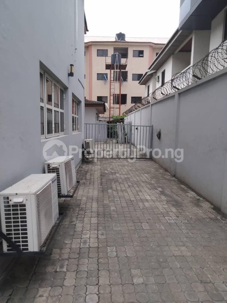 6 bedroom Detached Duplex House for rent Lekki Phase 1 Lekki Lagos - 9