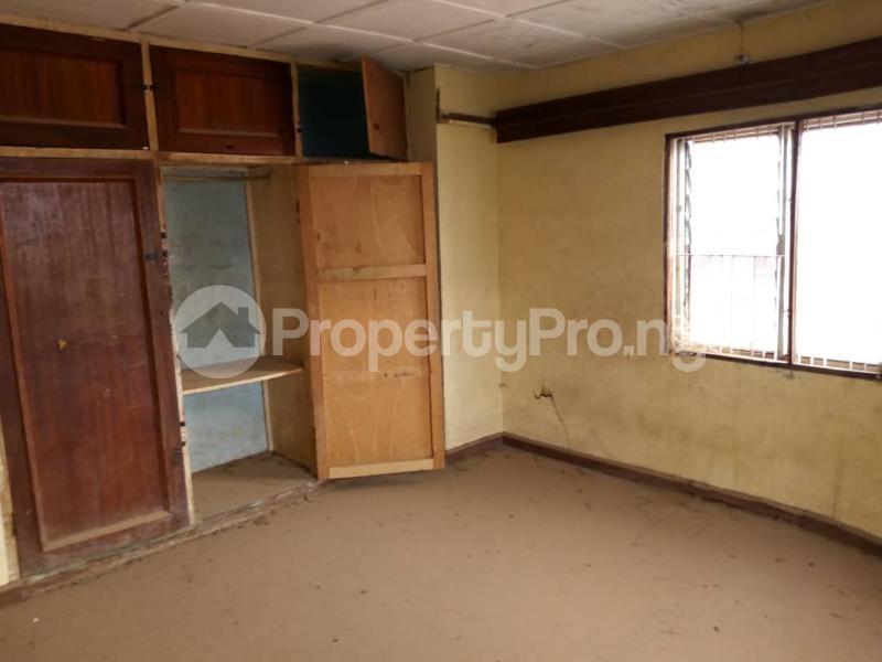 10 bedroom Detached Duplex for sale   Asero Abeokuta Ogun - 2