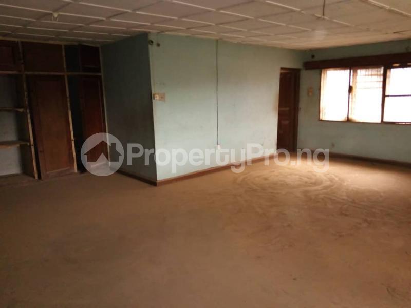 10 bedroom Detached Duplex for sale   Asero Abeokuta Ogun - 19