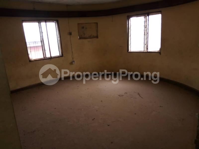 10 bedroom Detached Duplex for sale   Asero Abeokuta Ogun - 11