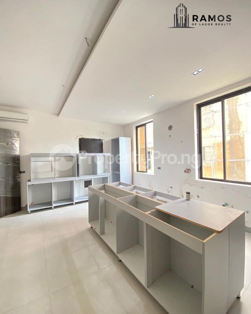 6 bedroom Detached Duplex House for sale   Banana Island Ikoyi Lagos - 2