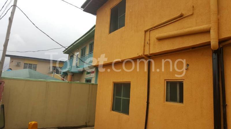 6 bedroom Flat / Apartment for sale lambo street off Adisa Balogun street by Ajibola crescent alapere Alapere Kosofe/Ikosi Lagos - 1