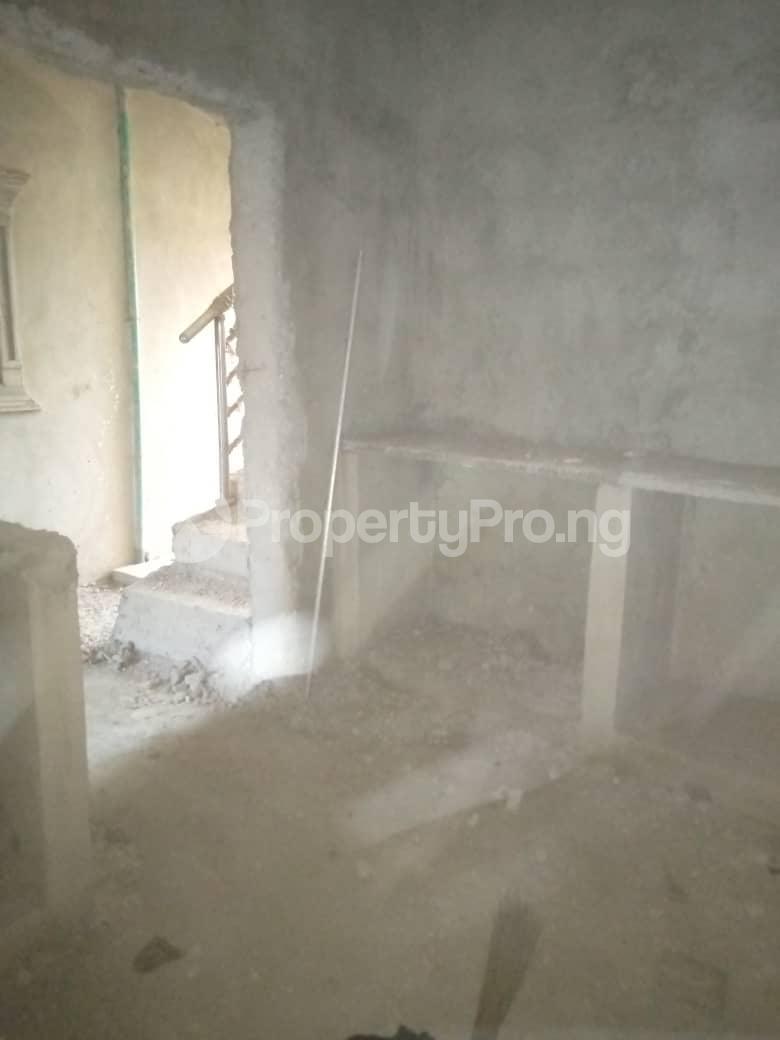 10 bedroom Blocks of Flats House for sale Ofin/oreta Road Igbogbo Ikorodu Igbogbo Ikorodu Lagos - 3