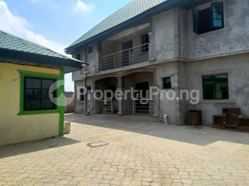 10 bedroom Blocks of Flats House for sale Ofin/oreta Road Igbogbo Ikorodu Igbogbo Ikorodu Lagos - 12