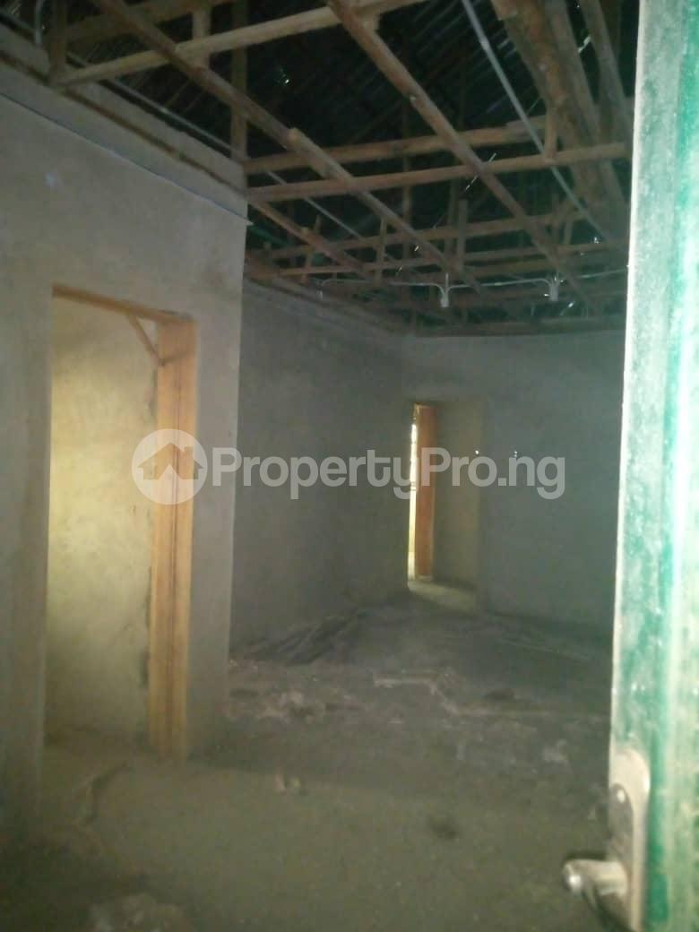 10 bedroom Blocks of Flats House for sale Ofin/oreta Road Igbogbo Ikorodu Igbogbo Ikorodu Lagos - 0