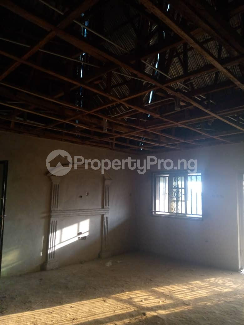 10 bedroom Blocks of Flats House for sale Ofin/oreta Road Igbogbo Ikorodu Igbogbo Ikorodu Lagos - 20