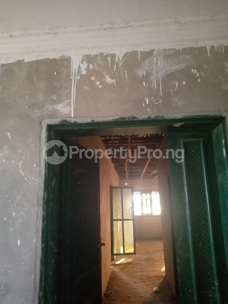 10 bedroom Blocks of Flats House for sale Ofin/oreta Road Igbogbo Ikorodu Igbogbo Ikorodu Lagos - 13