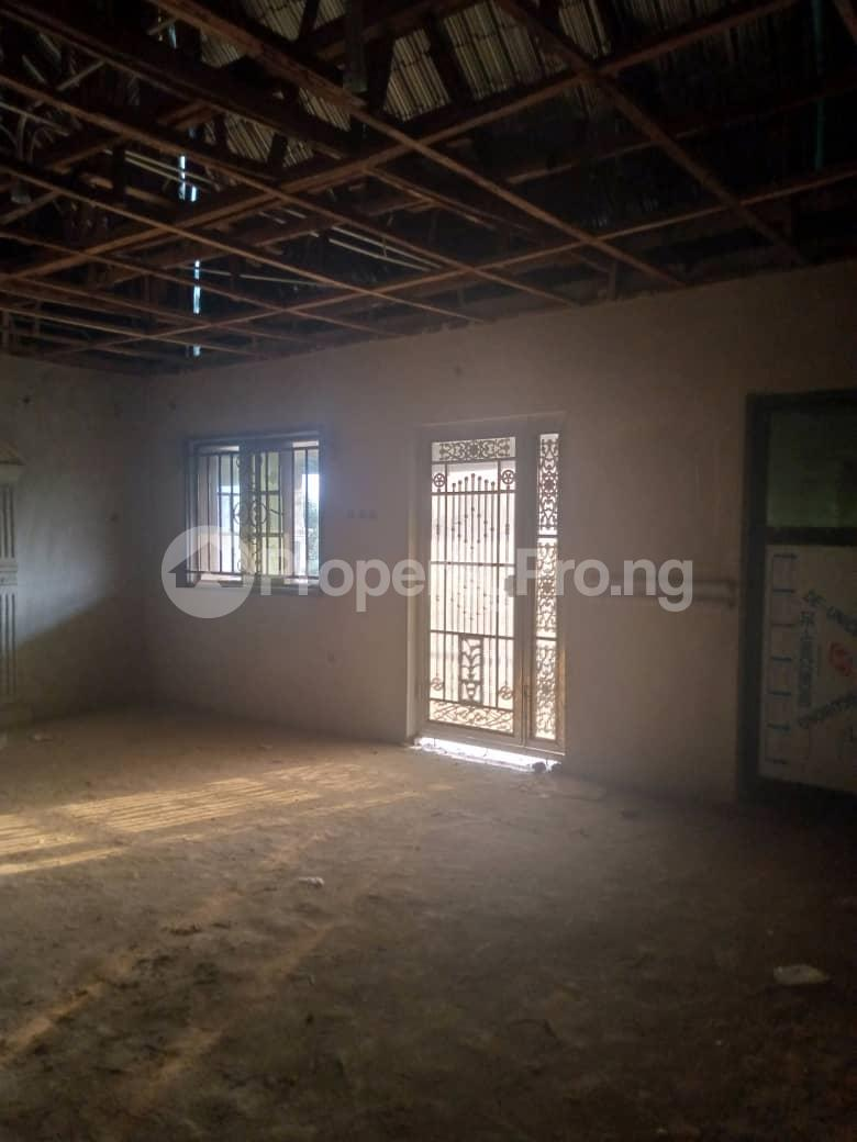 10 bedroom Blocks of Flats House for sale Ofin/oreta Road Igbogbo Ikorodu Igbogbo Ikorodu Lagos - 18