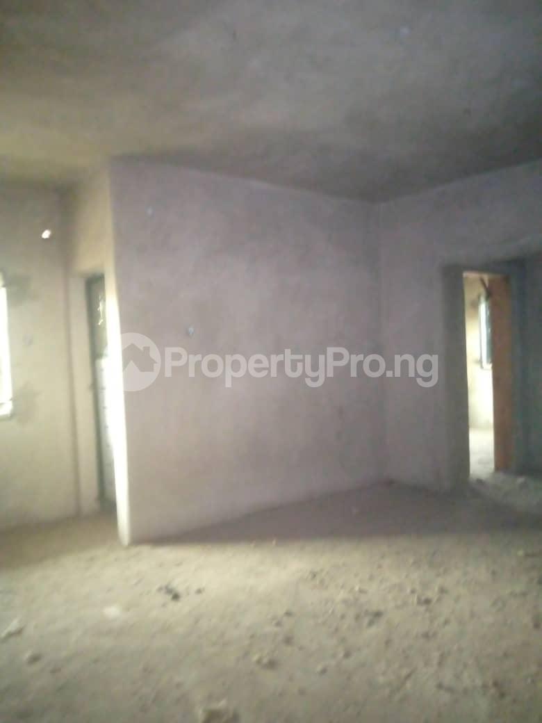 10 bedroom Blocks of Flats House for sale Ofin/oreta Road Igbogbo Ikorodu Igbogbo Ikorodu Lagos - 9