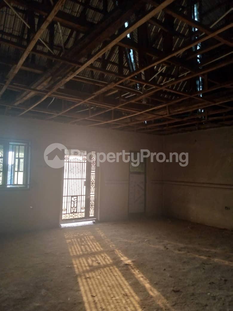 10 bedroom Blocks of Flats House for sale Ofin/oreta Road Igbogbo Ikorodu Igbogbo Ikorodu Lagos - 16
