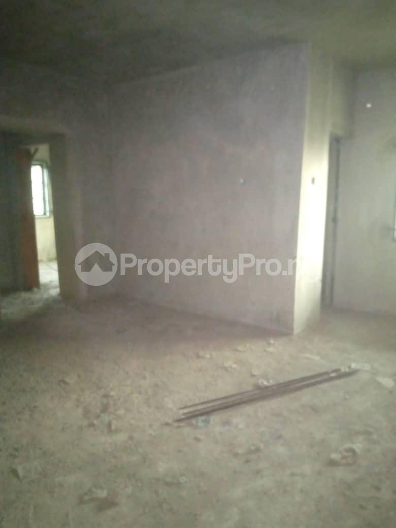 10 bedroom Blocks of Flats House for sale Ofin/oreta Road Igbogbo Ikorodu Igbogbo Ikorodu Lagos - 11