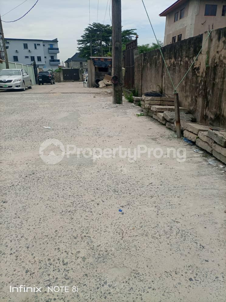 2 bedroom Blocks of Flats House for sale Maryland Lagos - 11