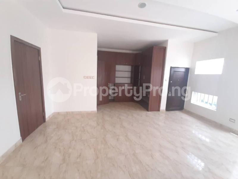 5 bedroom Detached Duplex House for sale Off orchid hotel chevron Lekki Lagos - 3
