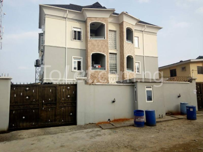 3 bedroom Blocks of Flats House for sale Sosanya street   Soluyi Gbagada Lagos - 0