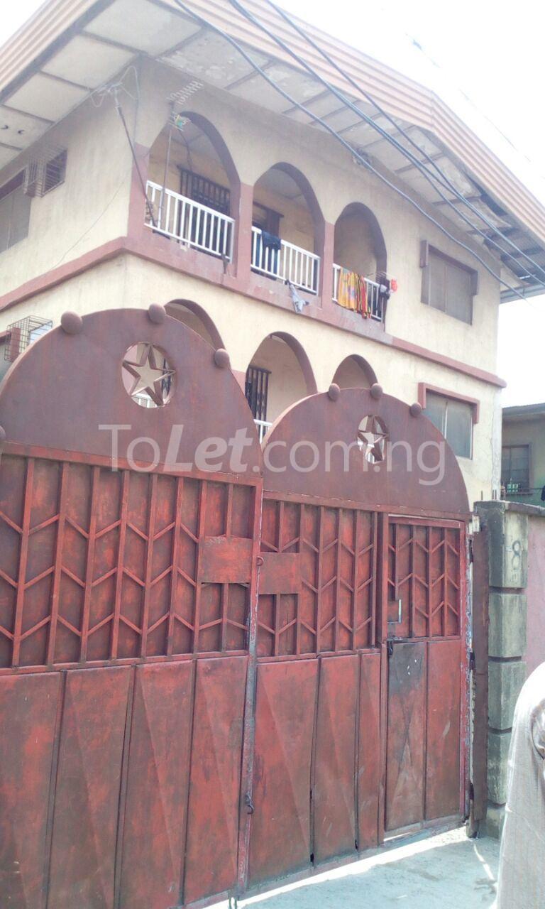 5 bedroom Flat / Apartment for sale Bariga Bariga Shomolu Lagos - 0