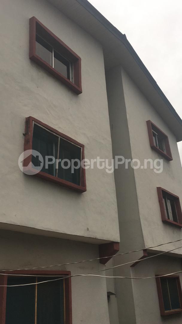 3 bedroom Blocks of Flats House for sale 56, Layi Oyekanmi Street, Mushin, Lagos. Mushin Mushin Lagos - 0