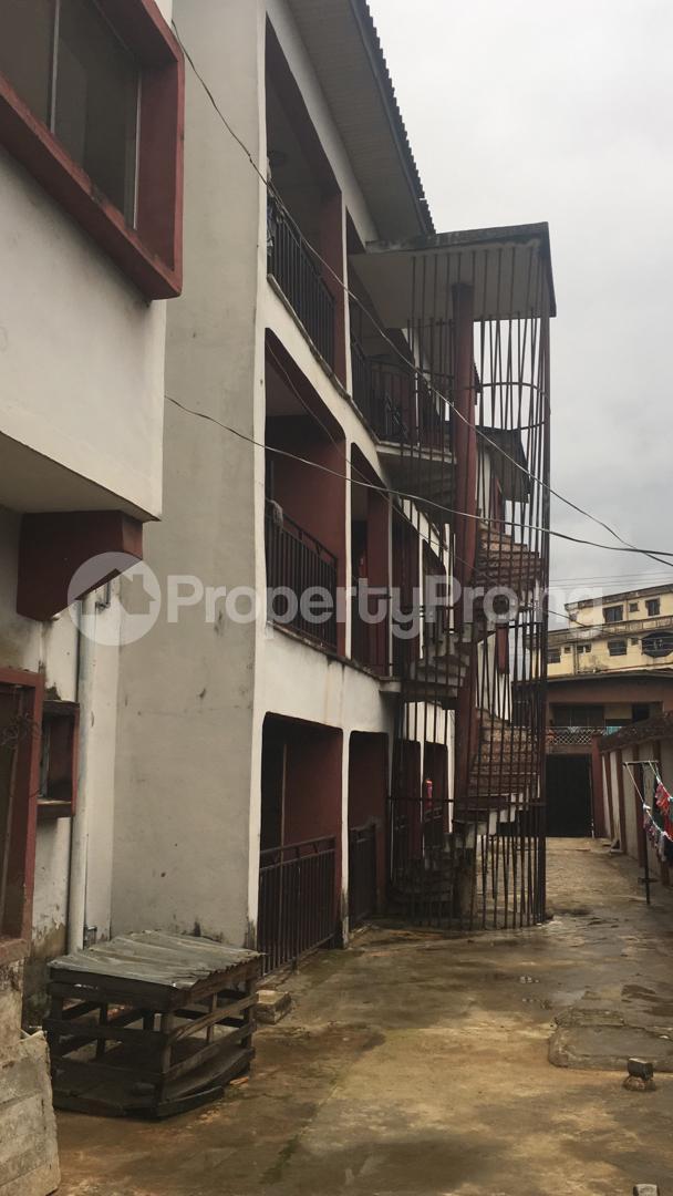 3 bedroom Blocks of Flats House for sale 56, Layi Oyekanmi Street, Mushin, Lagos. Mushin Mushin Lagos - 2