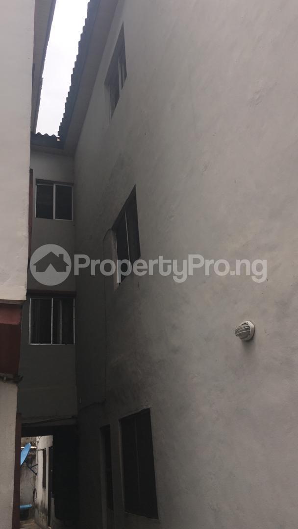 3 bedroom Blocks of Flats House for sale 56, Layi Oyekanmi Street, Mushin, Lagos. Mushin Mushin Lagos - 3