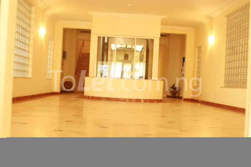 3 bedroom Flat / Apartment for rent Mosley Road. Ikoyi. Lagos Mosley Road Ikoyi Lagos - 4