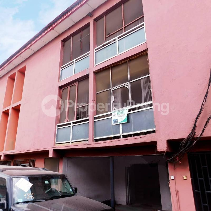 3 bedroom House for sale St Denise Akoka Yaba Lagos - 0