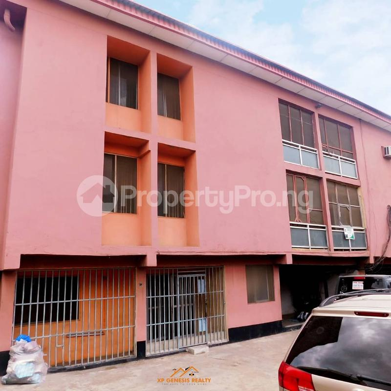 3 bedroom House for sale St Denise Akoka Yaba Lagos - 3