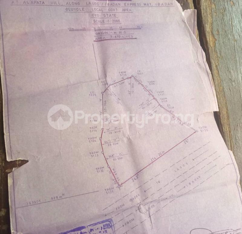 Commercial Land Land for sale along Ibadan/Lagos express way Egbeda Oyo - 0