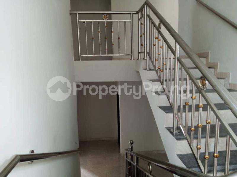 7 bedroom Detached Duplex for sale World Bank Housing Estate New Owerri Owerri Imo - 24
