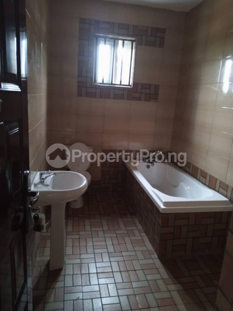 7 bedroom Detached Duplex for sale World Bank Housing Estate New Owerri Owerri Imo - 12