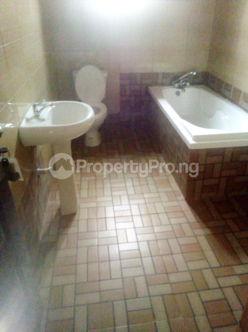 7 bedroom Detached Duplex for sale World Bank Housing Estate New Owerri Owerri Imo - 6