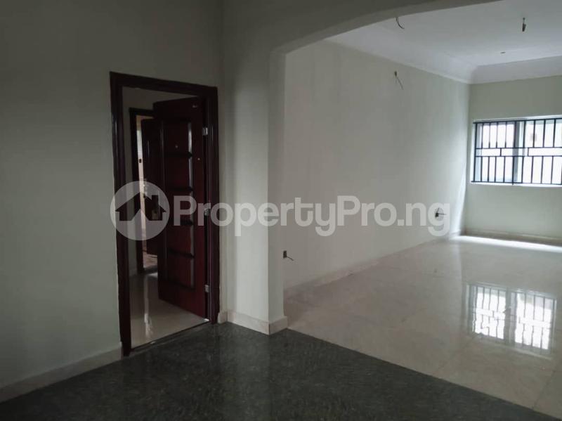 7 bedroom Detached Duplex for sale World Bank Housing Estate New Owerri Owerri Imo - 21