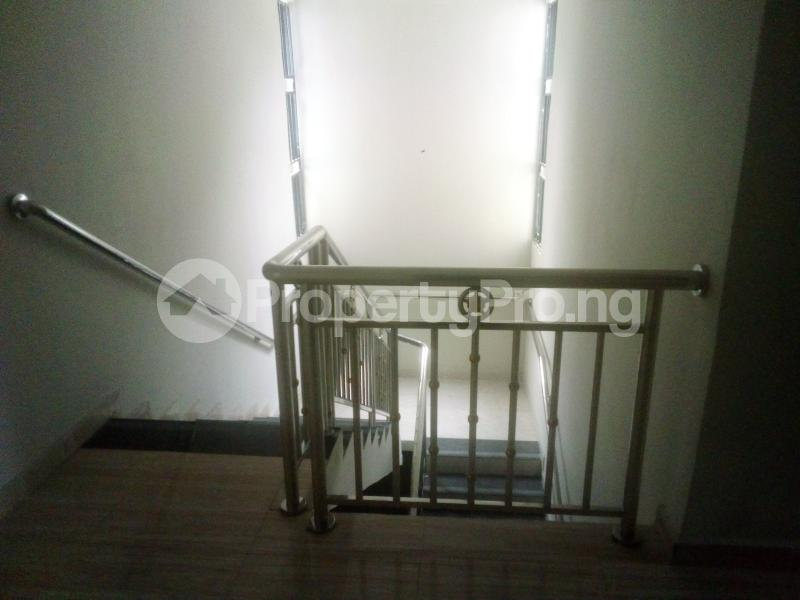 7 bedroom Detached Duplex for sale World Bank Housing Estate New Owerri Owerri Imo - 4