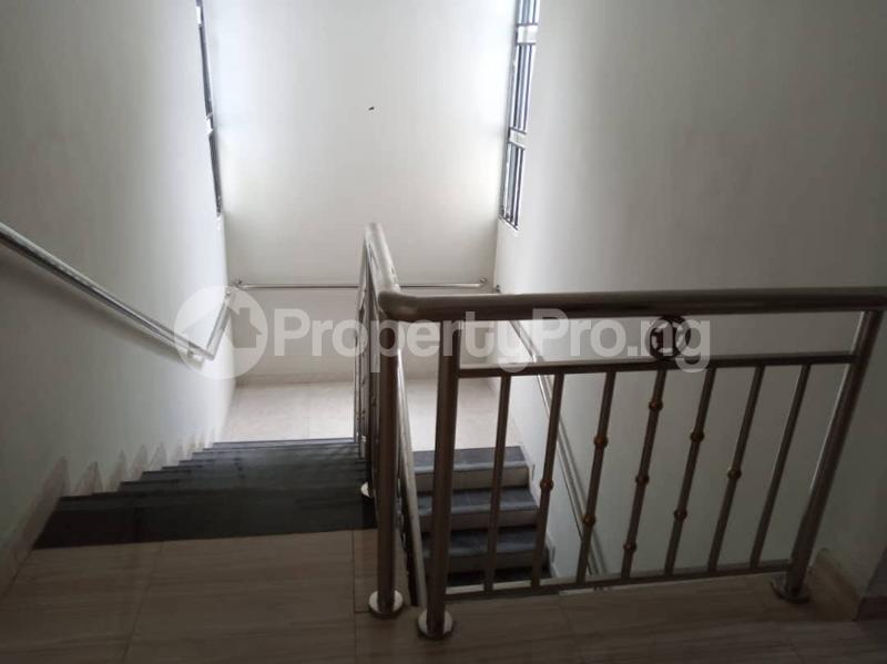 7 bedroom Detached Duplex for sale World Bank Housing Estate New Owerri Owerri Imo - 22